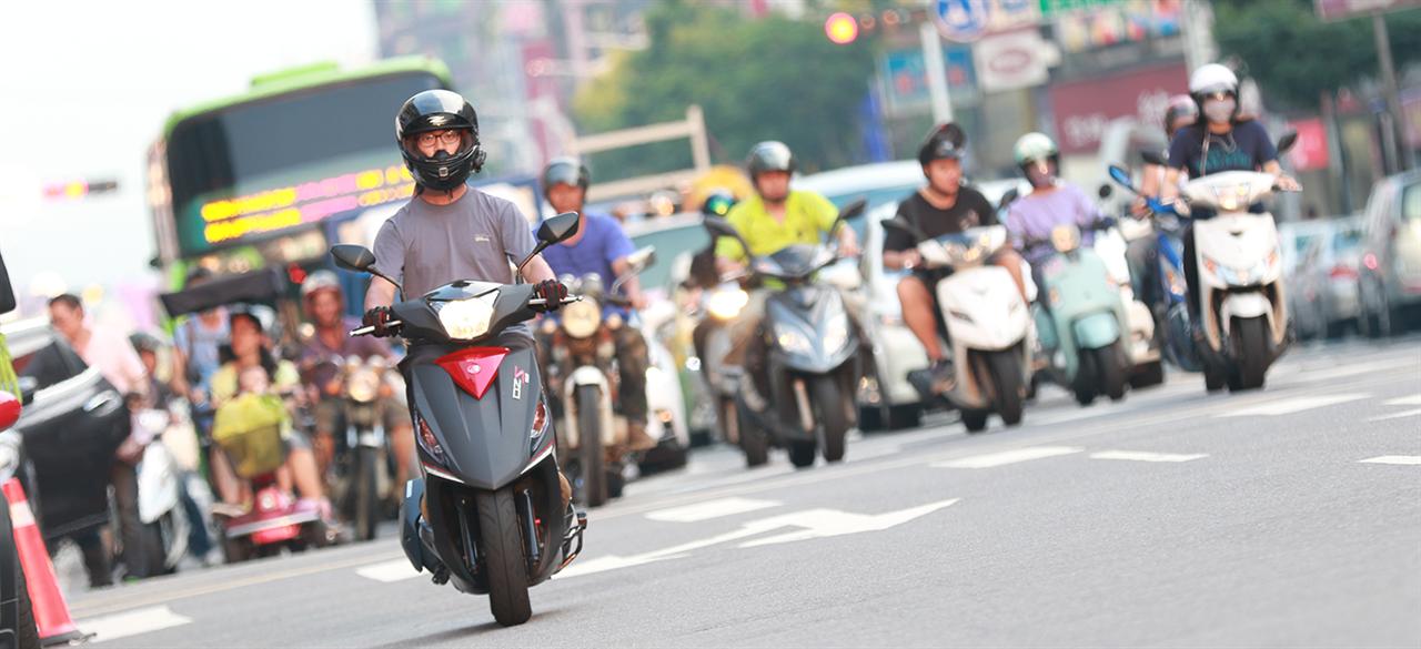 重機不畏好兄弟?台灣八月銷售暢旺全年挑戰2萬大關有望!